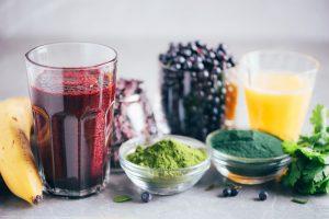 freshly juiced blueberries and veggies
