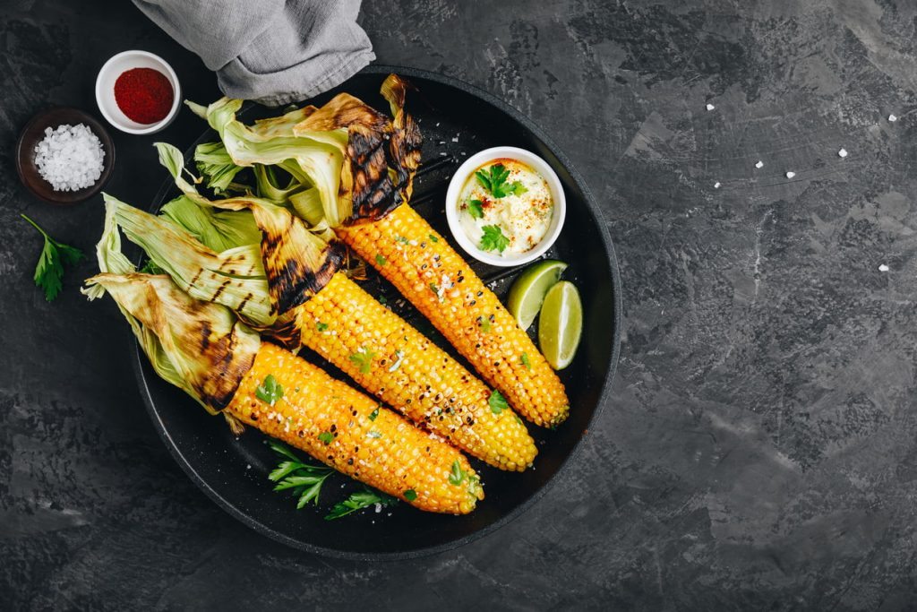 sweet corn, an example of a high protein vegetable