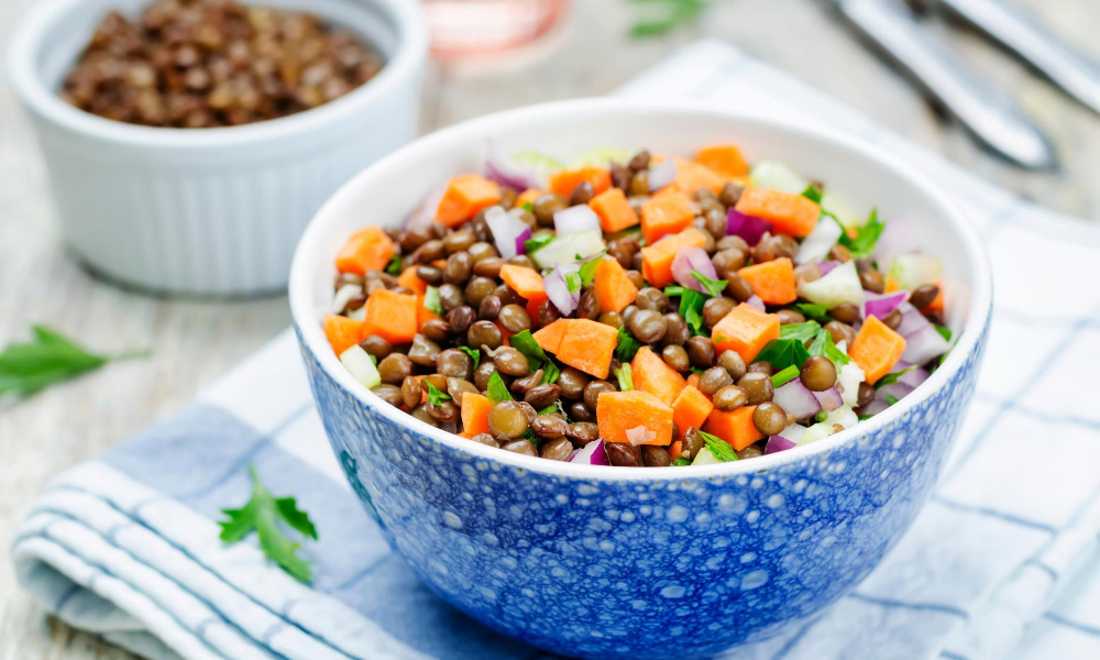lentils in a bowl with other high protein vegetables