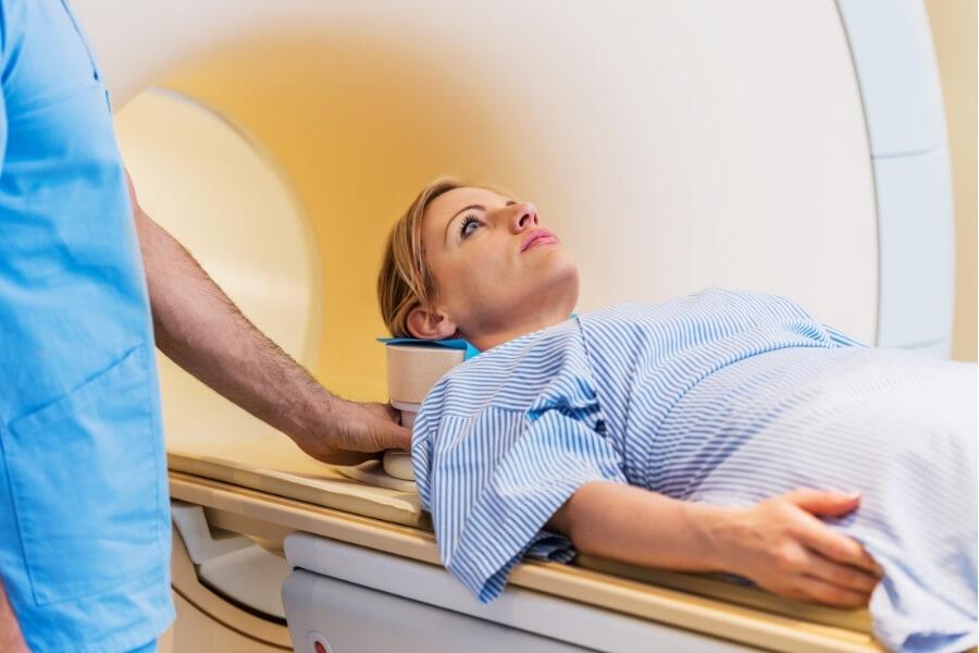 treating endometriosis